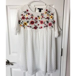 Forever 21   White Embroidered Baby Doll dress